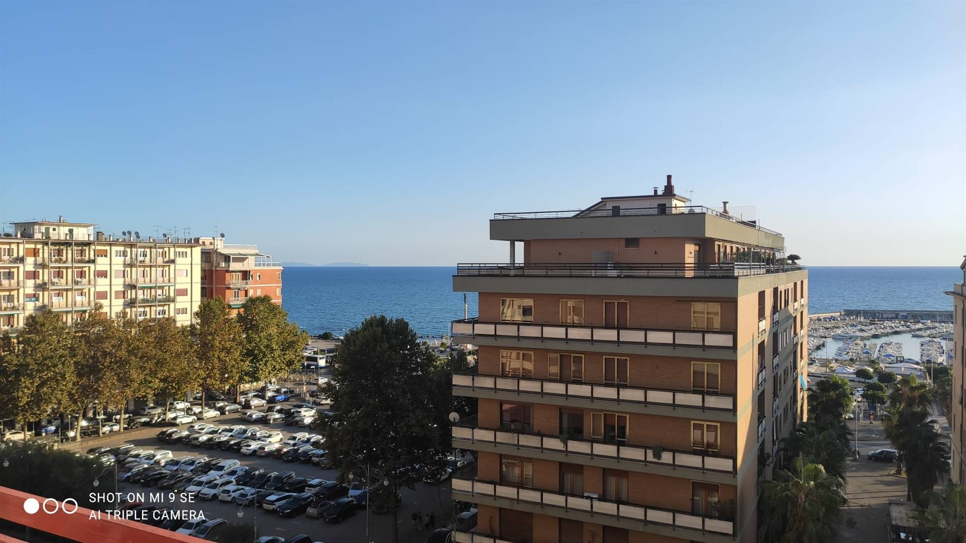 CENTRO, SALERNO, Apartment for rent, Energetic class: G, composed by: 5 Rooms, 2 Bathrooms, Elevator, Reserved