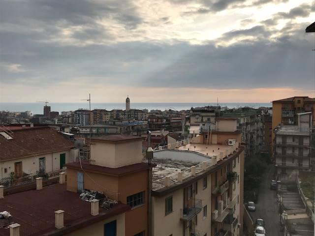 Quadrilocale, Carmine, Salerno, da ristrutturare