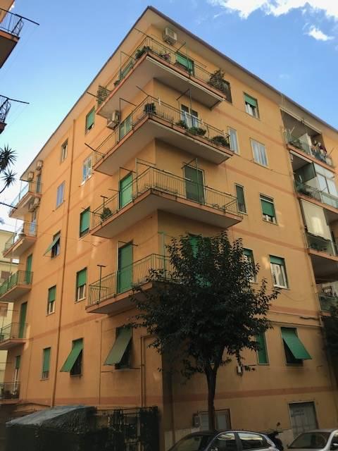 Bilocale, Carmine, Salerno, da ristrutturare