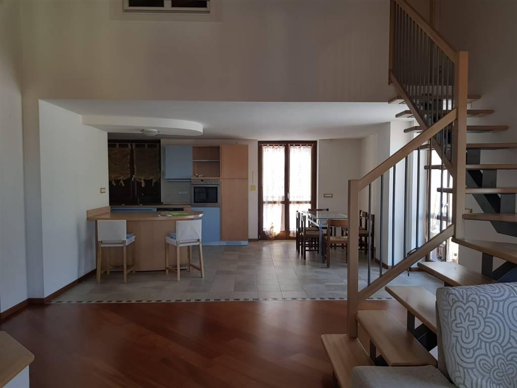 Appartamento in vendita a Centa San Nicolò, 7 locali, zona Località: CAMPREGHERI, prezzo € 198.000 | CambioCasa.it