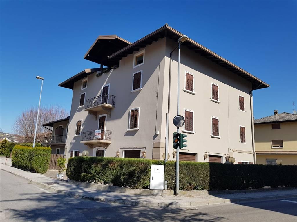 Albergo in vendita a Pergine Valsugana, 30 locali, zona Località: SAN CRISTOFORO AL LAGO, prezzo € 880.000   CambioCasa.it