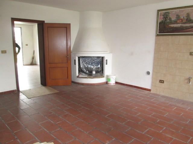 Casa semi indipendente, Correggio, abitabile