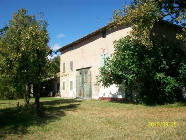 Rustico casale in Via Ronchi  13, San Prospero, Correggio
