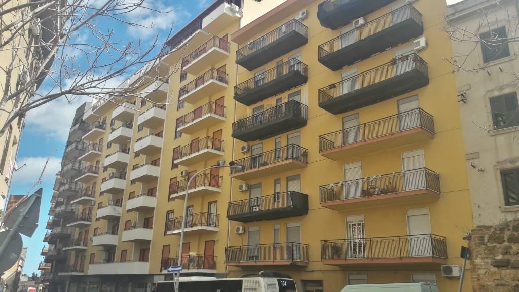 Appartamento in Corso Pisani 252, Palermo
