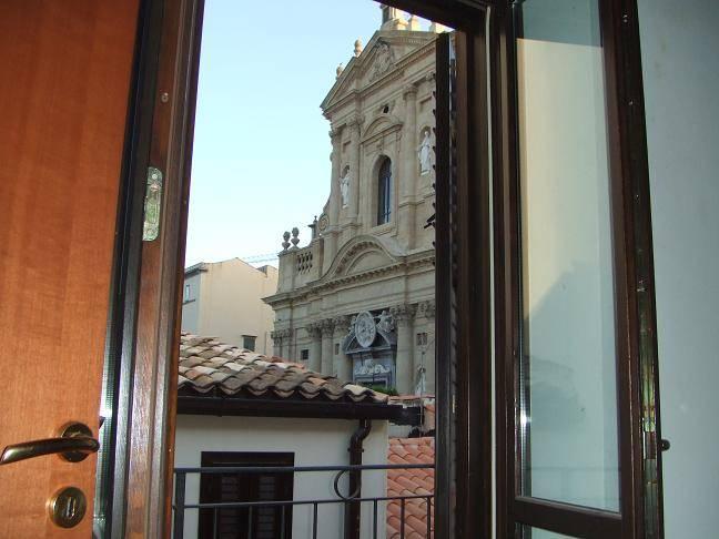 Appartamento indipendente in Via Torremuzza, Palermo
