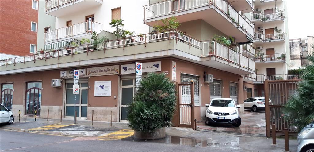 Garage / Posto auto, Zisa, Palermo