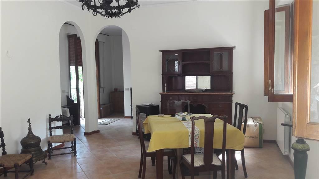 Appartamento in vendita a Monreale, 5 locali, zona no, prezzo € 160.000 | PortaleAgenzieImmobiliari.it