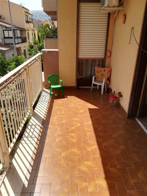 Trilocale in Via Cruillas, Palermo