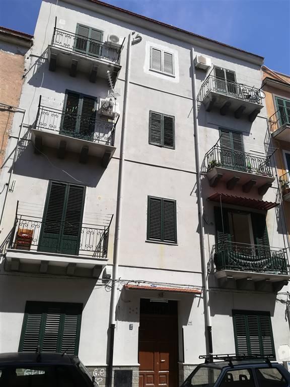 Trilocale in Via Montegrappa, Palermo