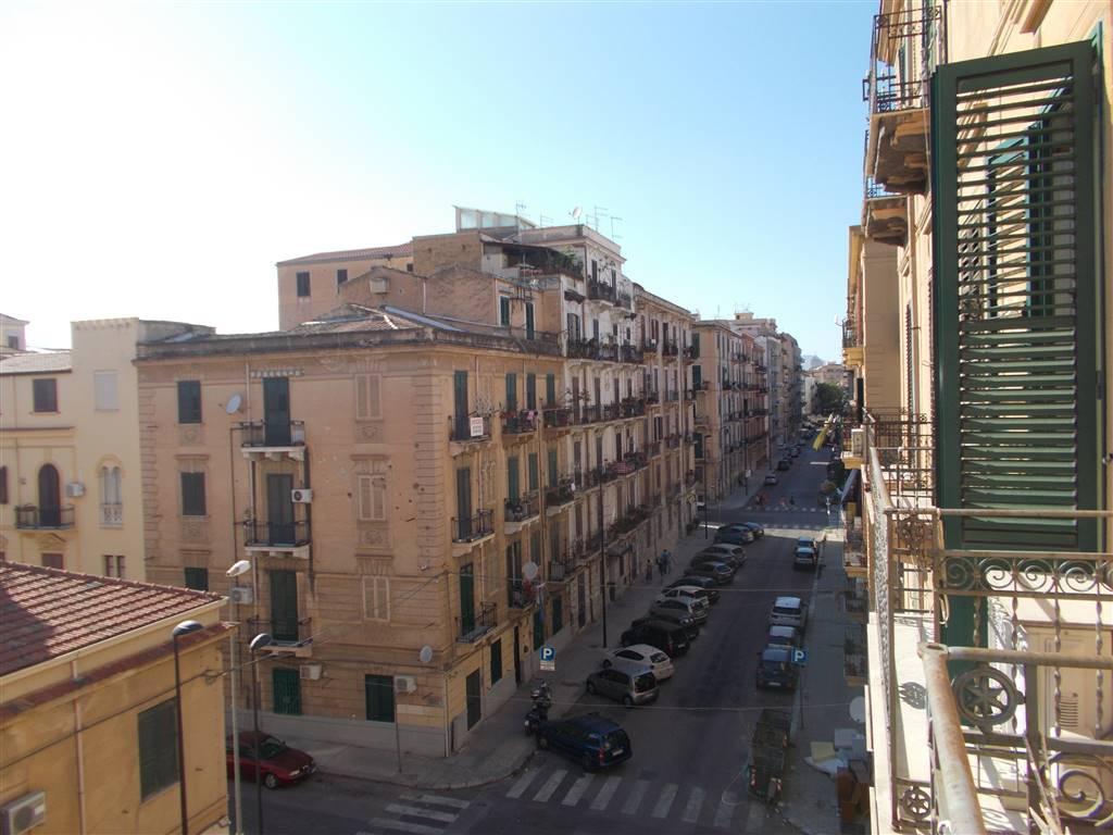 Appartamento in Via Paolo Emiliani Giudici 26, Oreto, Palermo