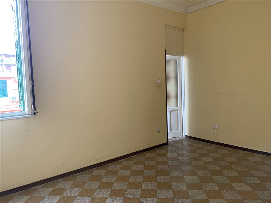 NOCE, PALERMO, Apartment for sale of 54 Sq. mt., Habitable, Energetic class: G, Epi: 175 kwh/m2 year, placed at 3° on 3, composed by: 2 Rooms, Little