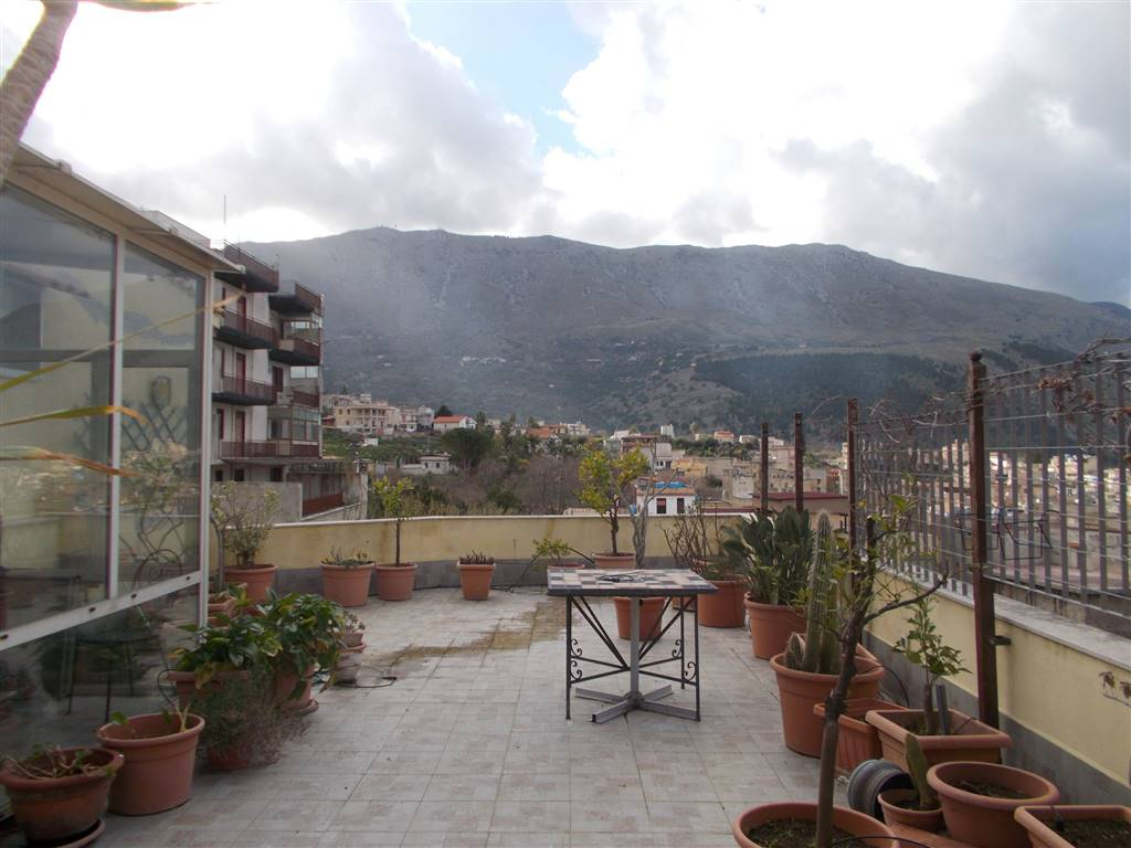 Appartamento in vendita a Carini, 6 locali, prezzo € 228.000 | PortaleAgenzieImmobiliari.it