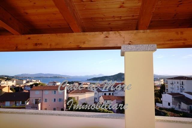 Attico / Mansarda in vendita a La Maddalena, 4 locali, Trattative riservate | PortaleAgenzieImmobiliari.it