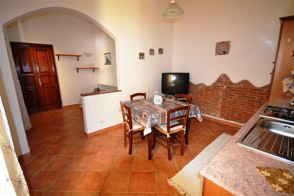Appartamento indipendente, La Maddalena, ristrutturato