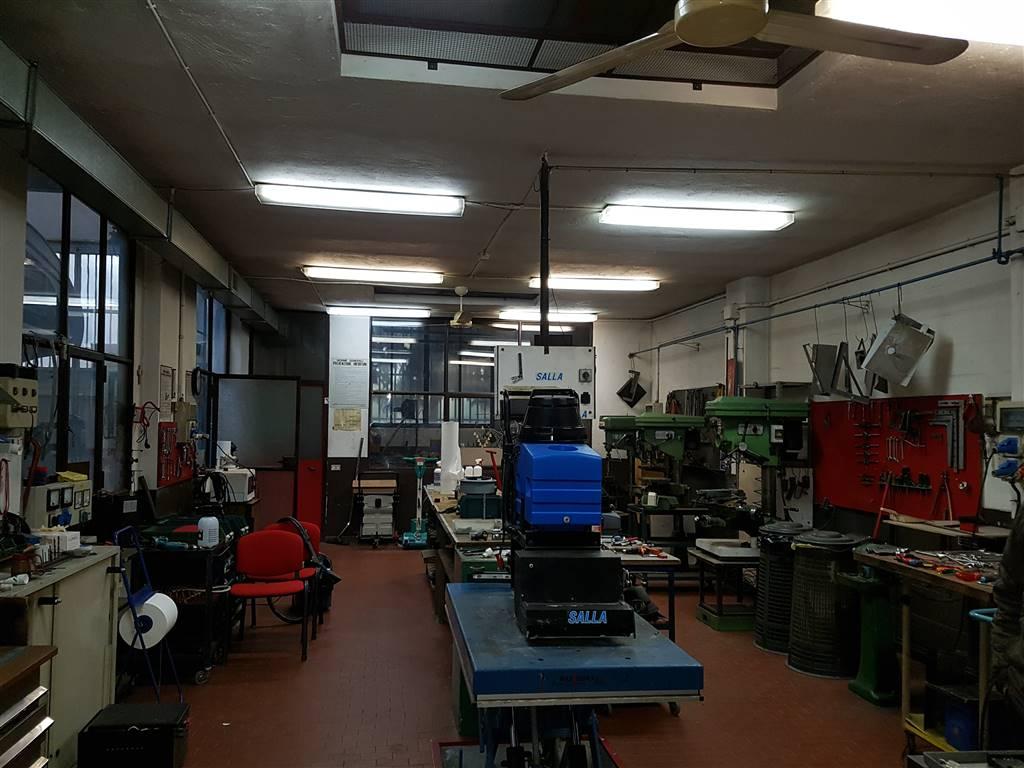 Capannone industriale, Sesto San Giovanni, in ottime condizioni