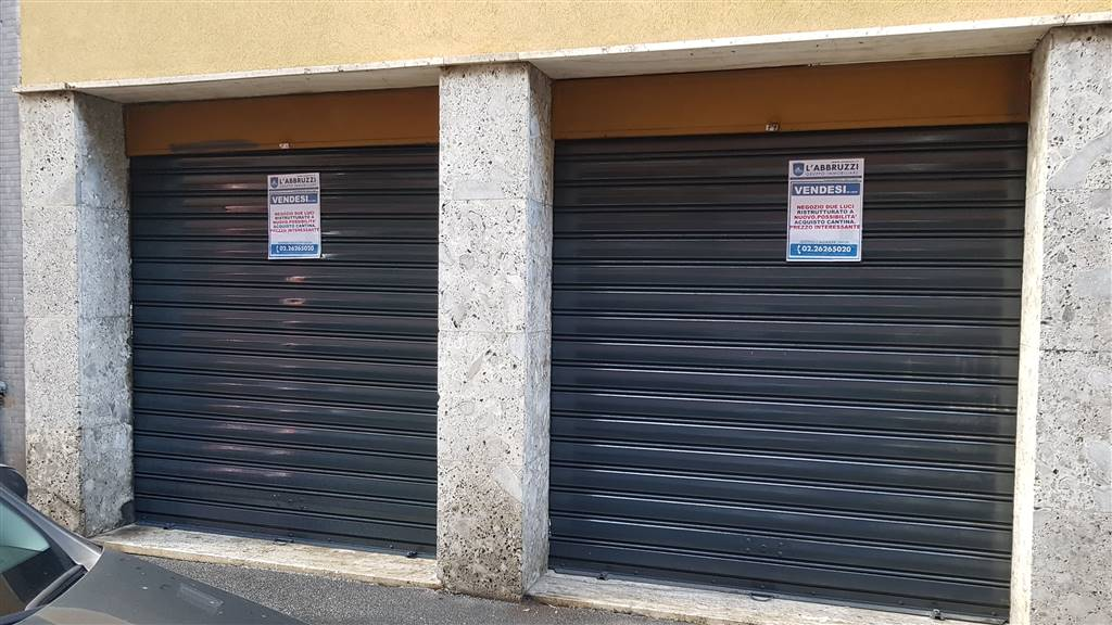 SESTO SAN GIOVANNI, Shop for sale of 34 Sq. mt., Restored, Heating Individual heating system, Energetic class: G, Epi: 175 kwh/m3 year, placed at