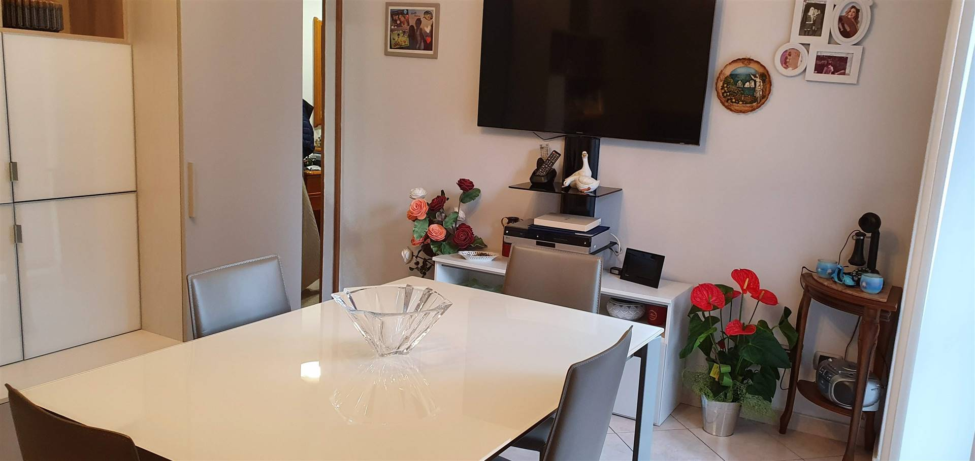 SESTO SAN GIOVANNI, Apartment for sale of 65 Sq. mt., Restored, Heating Centralized, Energetic class: G, Epi: 175,85 kwh/m2 year, placed at 1° on 6,