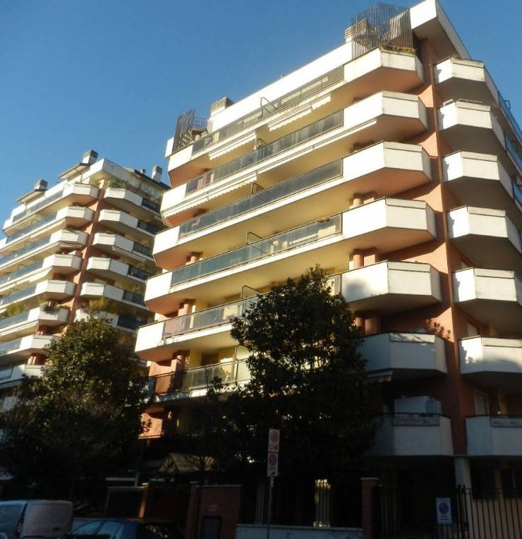 SESTO SAN GIOVANNI, Apartment for sale of 104 Sq. mt., Good condition, Heating Individual heating system, Energetic class: E, Epi: 101,87 kwh/m2 year,