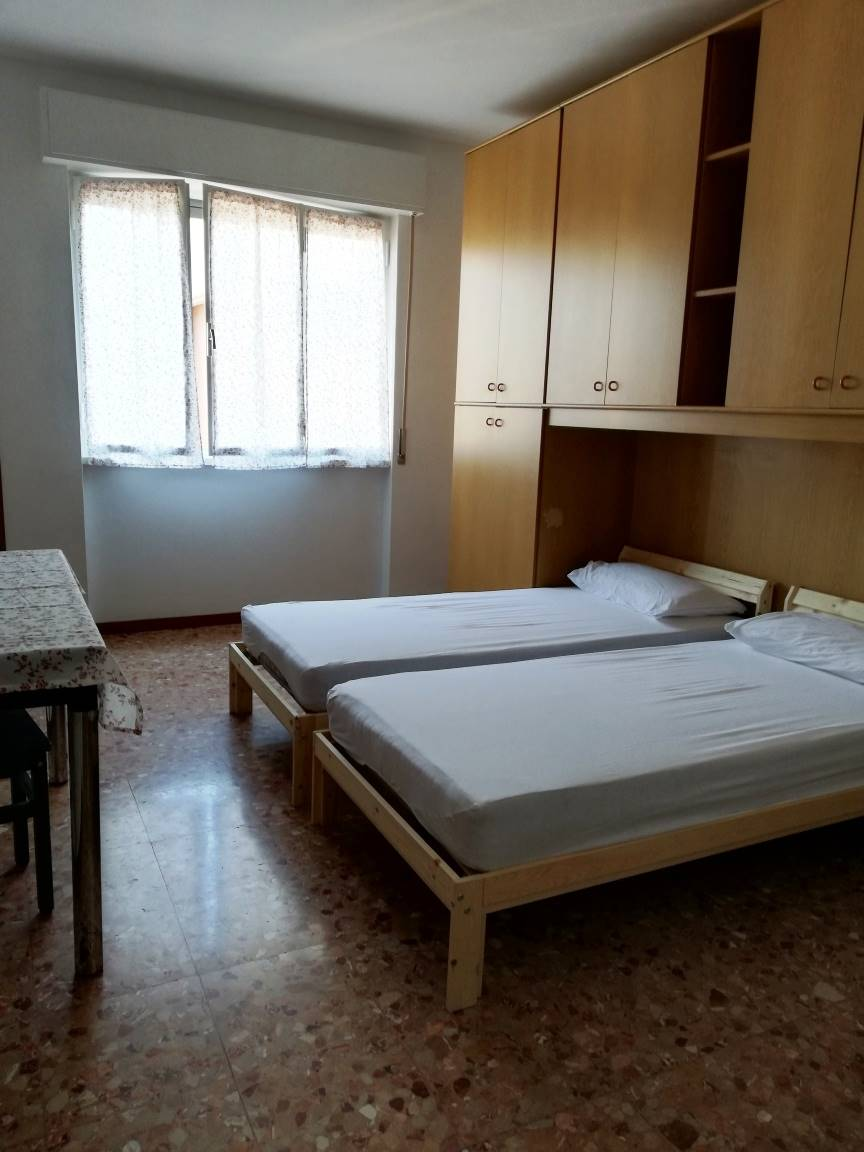 CINISELLO BALSAMO, Apartment for rent of 40 Sq. mt., Excellent Condition, Heating Centralized, Energetic class: G, Epi: 175 kwh/m2 year, placed at 9°