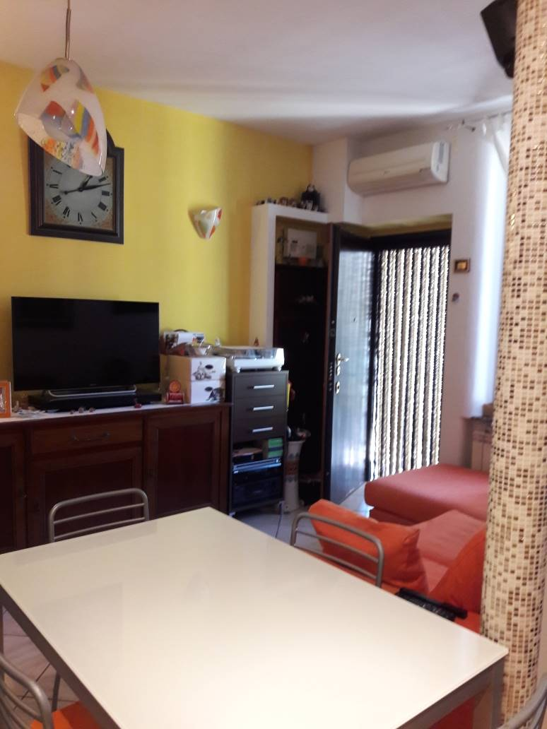 SESTO SAN GIOVANNI, Apartment for sale of 70 Sq. mt., Restored, Heating Individual heating system, Energetic class: G, Epi: 175 kwh/m2 year, placed