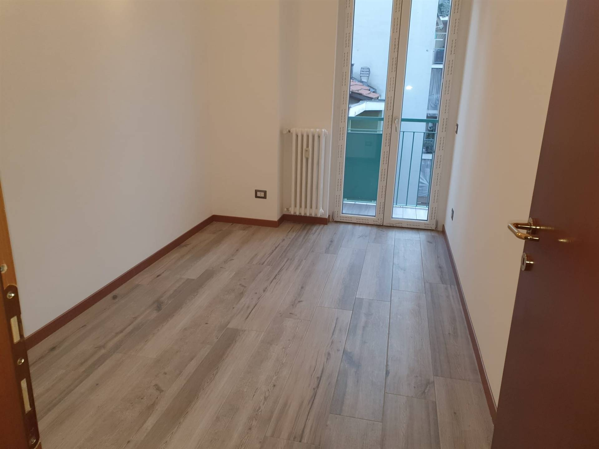 SESTO SAN GIOVANNI, Apartment for sale of 75 Sq. mt., Restored, Heating Centralized, Energetic class: G, Epi: 175 kwh/m2 year, placed at 3° on 4,