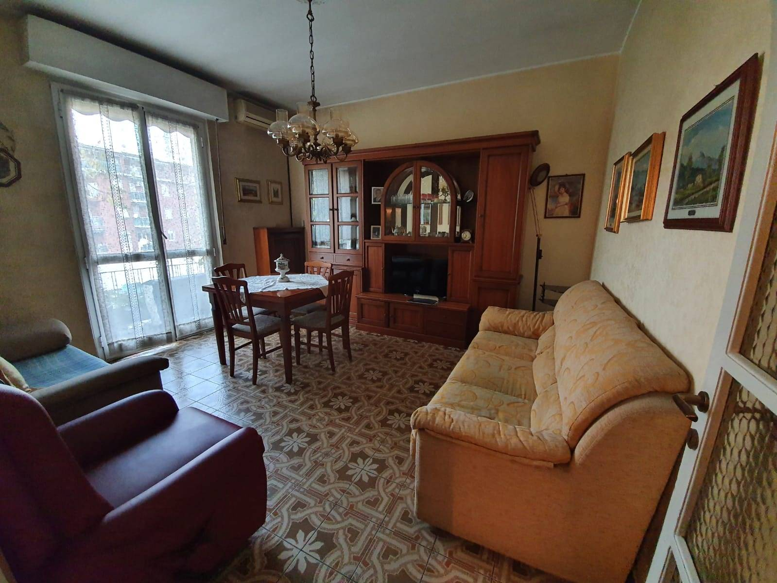 SESTO SAN GIOVANNI, Apartment for sale of 60 Sq. mt., Good condition, Heating Centralized, Energetic class: G, Epi: 175 kwh/m2 year, placed at 2° on