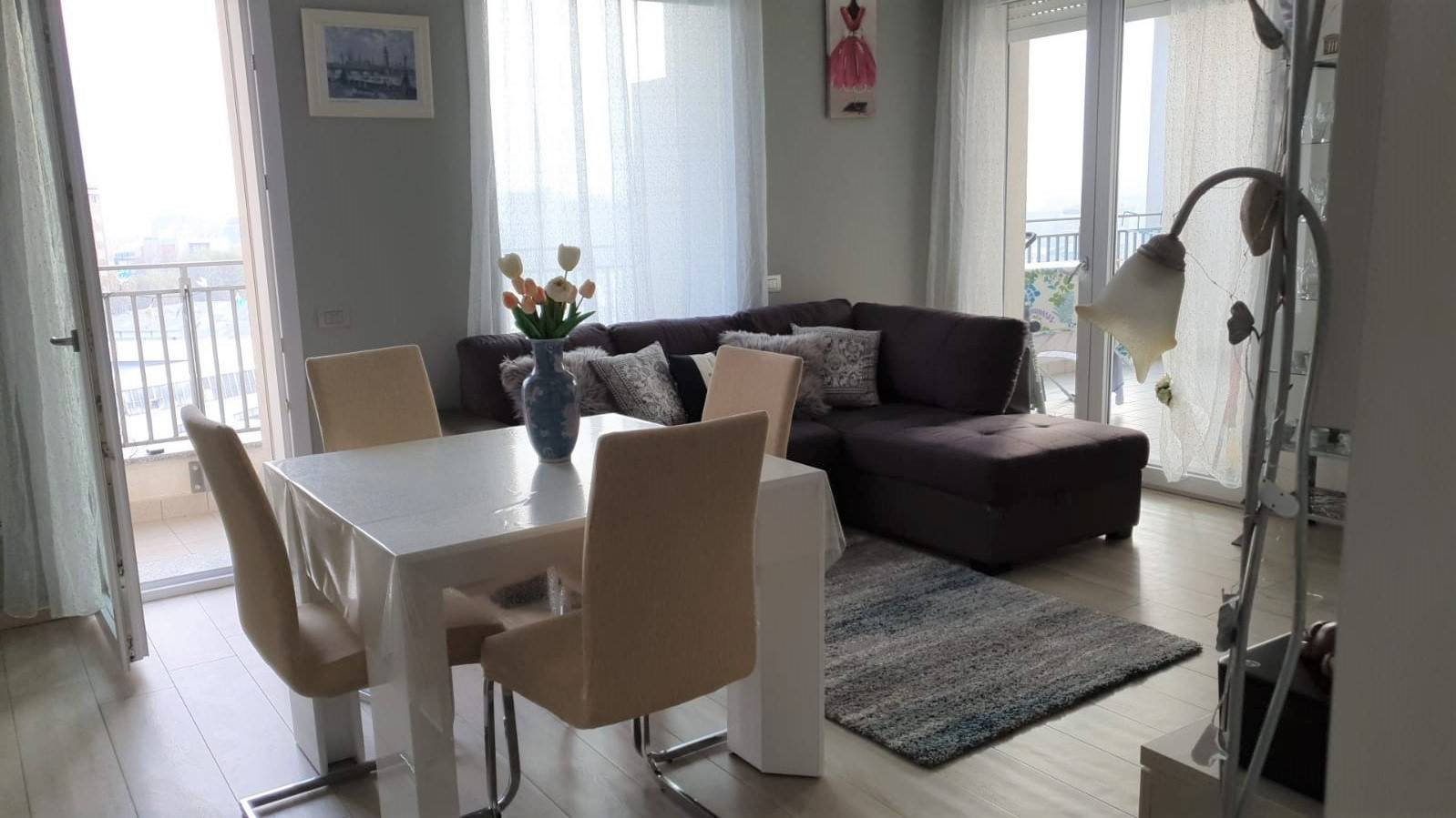 SESTO SAN GIOVANNI, Apartment for sale of 71 Sq. mt., Almost new, Heating To floor, Energetic class: A+, placed at 7° on 13, composed by: 2 Rooms,