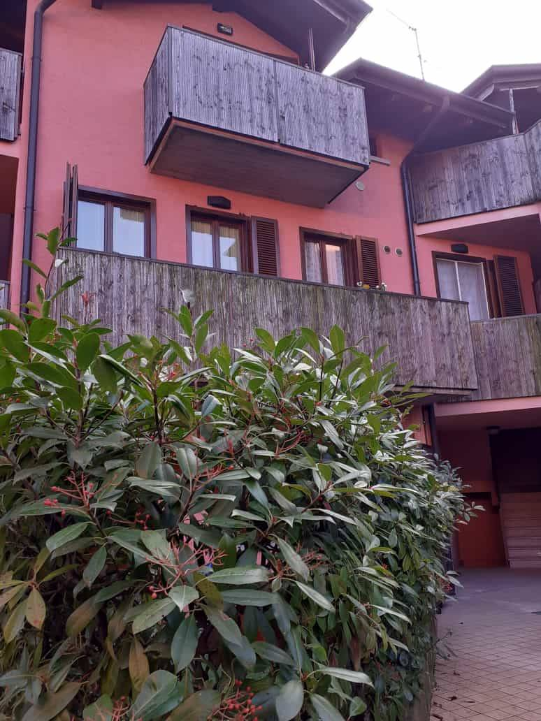 TREZZANO ROSA, Apartment for sale, Excellent Condition, Heating Individual heating system, Energetic class: E, Epi: 84,57 kwh/m2 year, placed at 1°