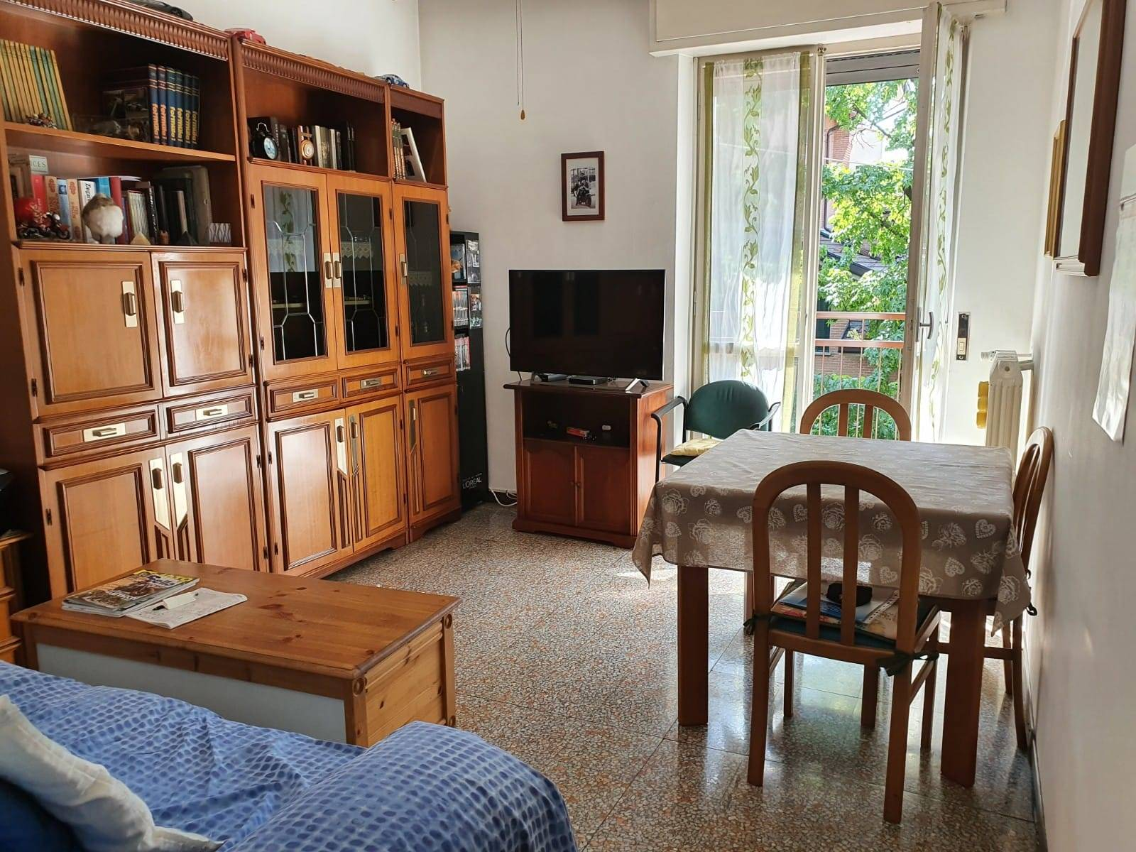CINISELLO BALSAMO, Apartment for sale, Habitable, Heating Centralized, Energetic class: G, Epi: 182,34 kwh/m2 year, placed at 1° on 4, composed by: 2