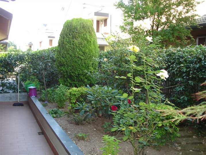 Bifamiliare in Via Bellinzona 3, Centro Storico, San Gerardo, Libertà, Monza