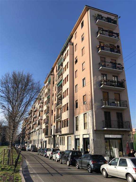 Commercialproperty in MILANO