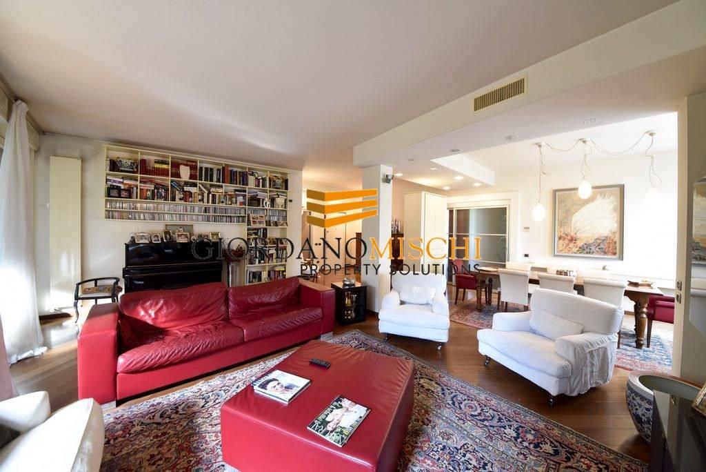 Appartamento in Viale Brianza 29, Parco (vedano), Monza