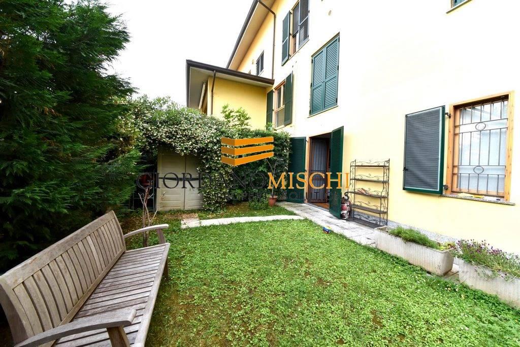 Bilocale in Via Paganini 33, Parco (vedano), Monza