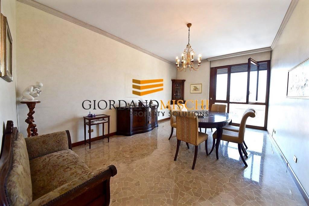 Appartamento in Via Degli Zavattari 1, Centro Storico, San Gerardo, Libertà, Monza