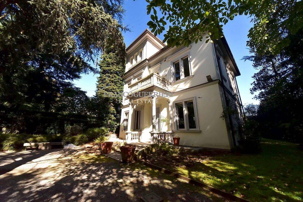 Villa in Via Garibaldi, Carate Brianza