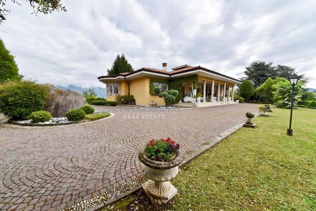 Villa, Centro, Lecco, in ottime condizioni