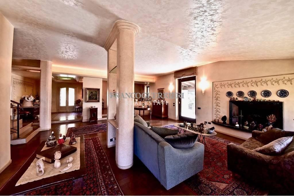 Villa, Seregno, in ottime condizioni