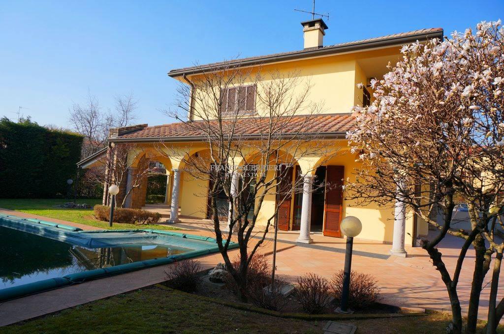 Villa, Vimercate, in ottime condizioni