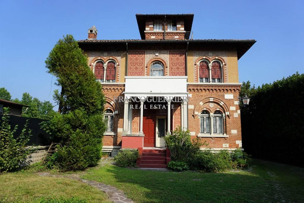 Villa, Erba