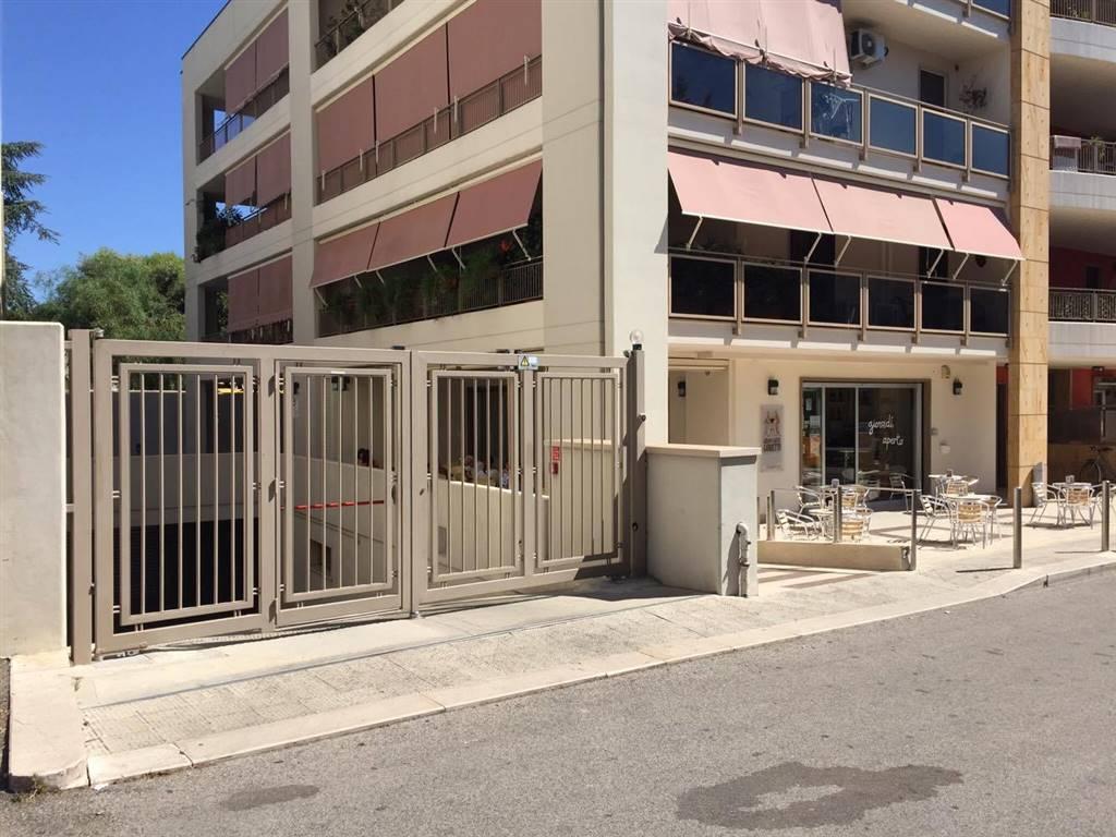Box / Garage in vendita a Adelfia, 1 locali, zona Zona: Canneto, prezzo € 48.000 | CambioCasa.it
