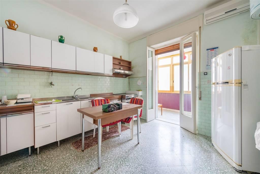 Appartamento, Carbonara - Ceglie, Bari, da ristrutturare