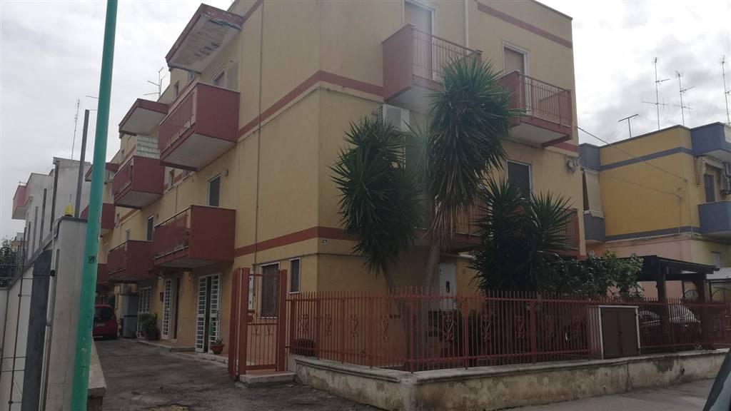 Appartamento in vendita a Adelfia, 4 locali, zona eto, prezzo € 130.000 | PortaleAgenzieImmobiliari.it