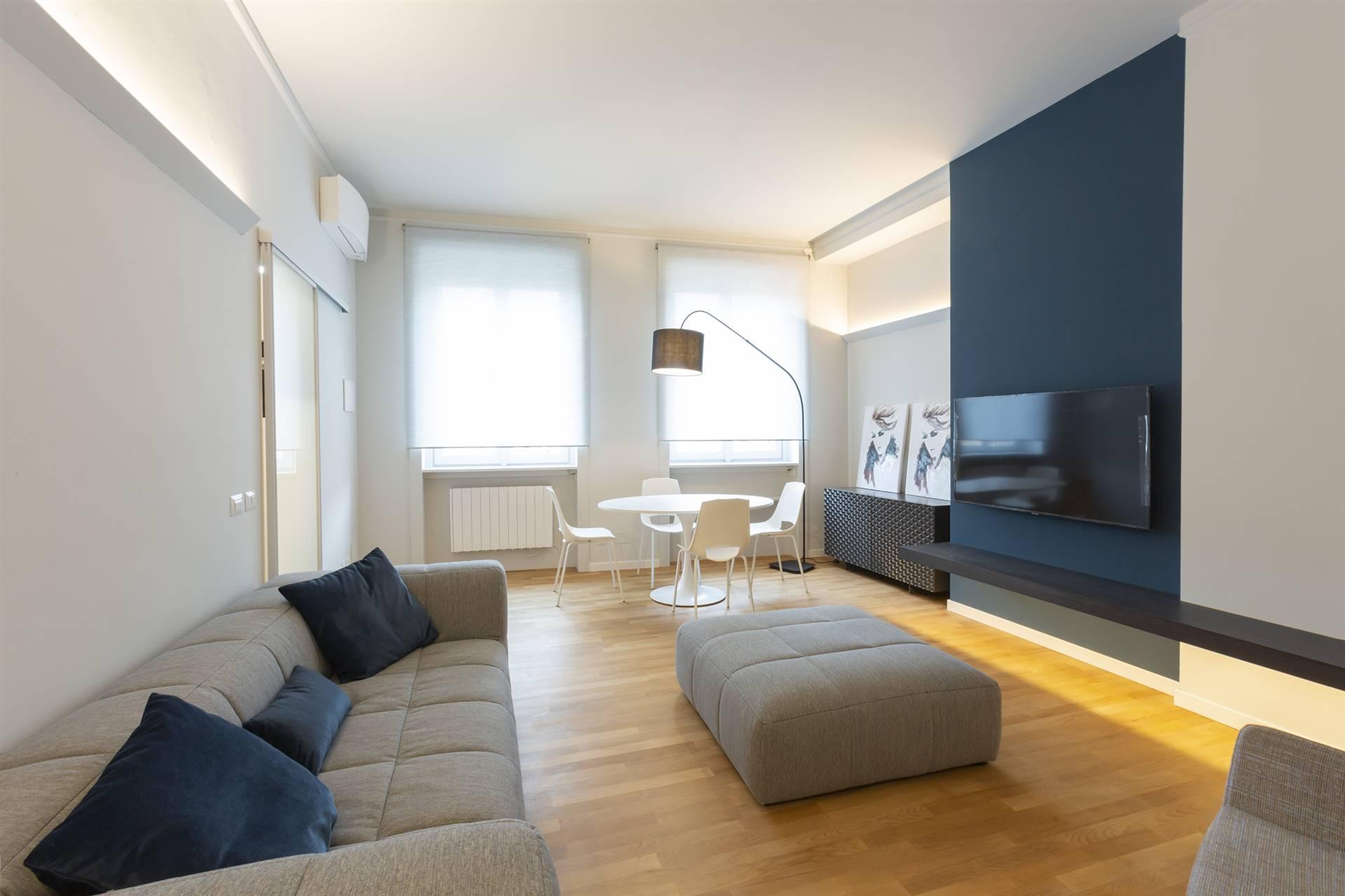 QUADRILATERO, MILANO, Appartamento in affitto di 68 Mq, Ristrutturato, Riscaldamento Centralizzato, posto al piano 5° su 10, composto da: 2 Vani,