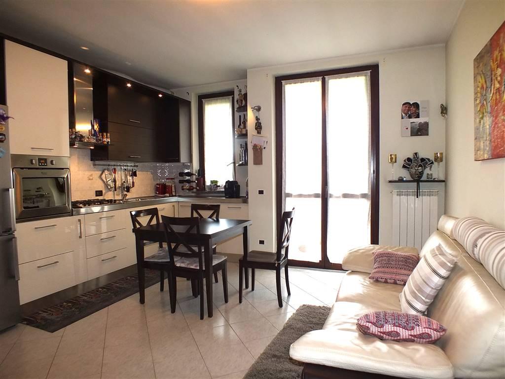 Appartamento in vendita a Truccazzano, 3 locali, prezzo € 119.000   CambioCasa.it