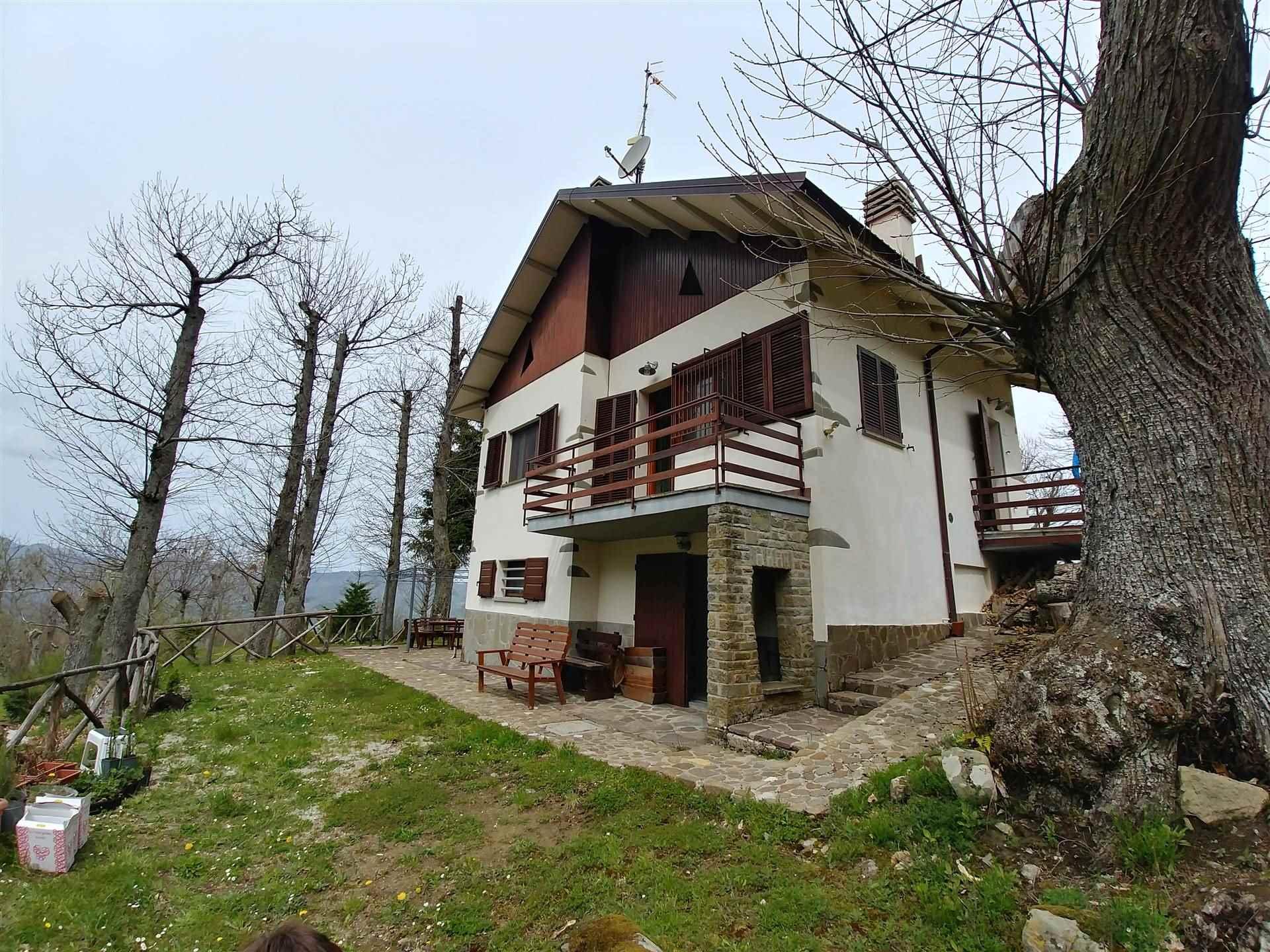Soluzione Indipendente in affitto a Bagno di Romagna, 7 locali, prezzo € 1.000   CambioCasa.it