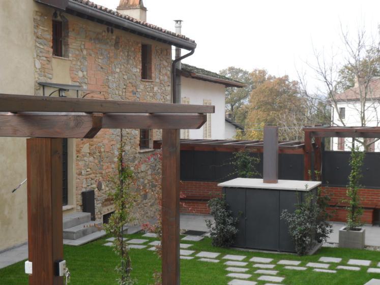 Casa singola, Fortunago, ristrutturata