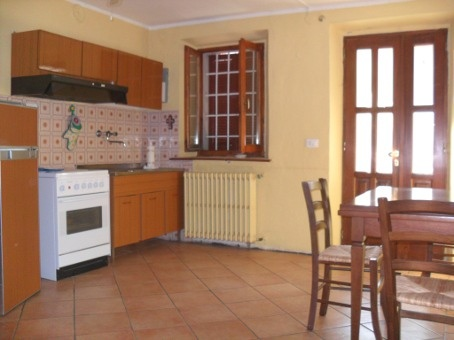Appartamento in vendita a Stradella, 3 locali, prezzo € 48.500 | CambioCasa.it