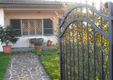 Villa in vendita a Arena Po, 8 locali, Trattative riservate | PortaleAgenzieImmobiliari.it