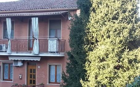 Casa semi indipendente, Broni