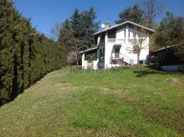 Villa in vendita a Ruino, 10 locali, zona to, prezzo € 220.000 | PortaleAgenzieImmobiliari.it